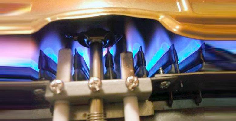 Газ в колонке