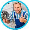 Опытный мастер по ремонту бытовой техники